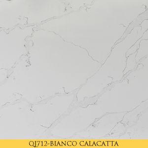 QJ711